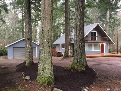 Mason County Single Family Home Pending: 490 E Timberlake Dr