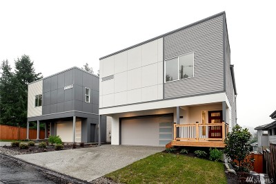 Bothell Condo/Townhouse For Sale: 10308 NE 189th #B