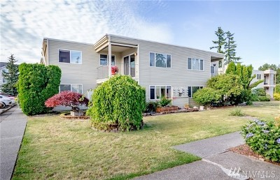Everett Condo/Townhouse For Sale: 319 128th St SE #N226