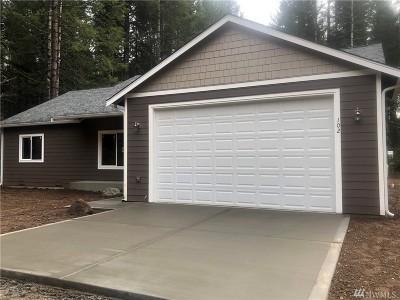 Mason County Single Family Home Pending Inspection: 102 E Ballow Rd