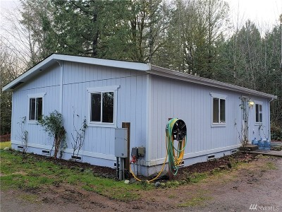 Port Orchard Single Family Home Pending Inspection: 5414 SE Bulman Ave