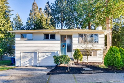 Everett Single Family Home For Sale: 2705 Forrest View Dr