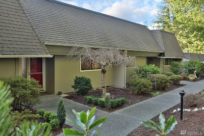 Langley Condo/Townhouse Sold: 5674 McDonald Dr