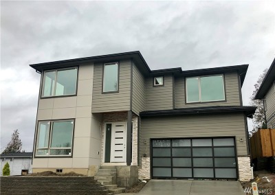 Renton Single Family Home For Sale: 1802 NE 13th St