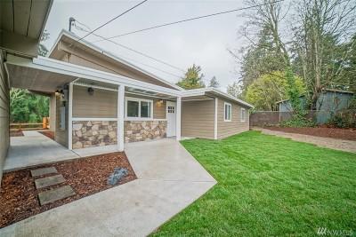 Tacoma Single Family Home For Sale: 102 62nd Ave NE