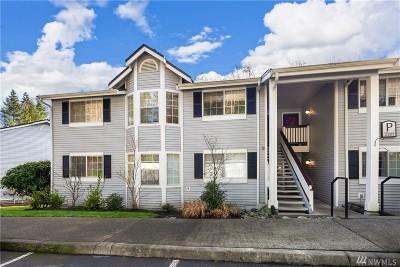 Mountlake Terrace Condo/Townhouse For Sale: 23311 Cedar Wy #P201