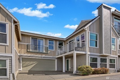 Mukilteo Condo/Townhouse For Sale: 10953 W Villa Monte Dr