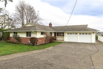 Tacoma Single Family Home For Sale: 1635 Browns Point Blvd NE