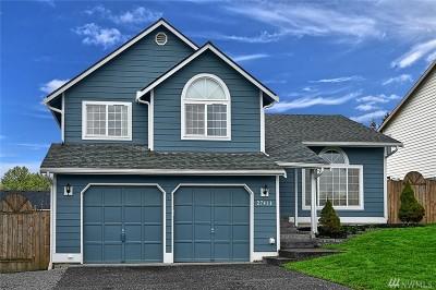 Stanwood Single Family Home For Sale: 27414 Church Creek Loop