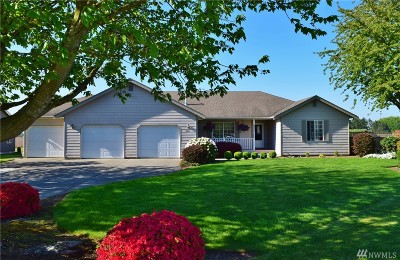 Lynden Single Family Home For Sale: 1812 Pine Cir