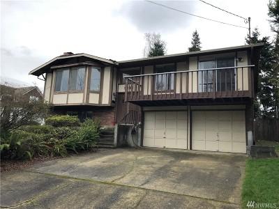 Single Family Home For Sale: 3330 N Villard St