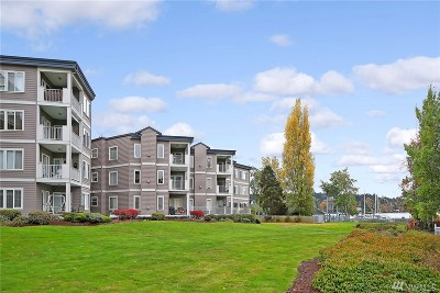 Kenmore Condo/Townhouse For Sale: 6125 NE 175th St #N301