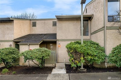 Kirkland Condo/Townhouse For Sale: 10017 NE 138th #B5