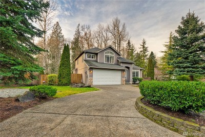 Lake Tapps Single Family Home For Sale: 1518 201st Ave E