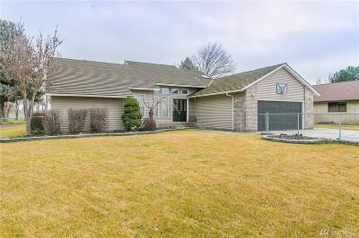 Othello Single Family Home For Sale: 843 S Skylark Wy