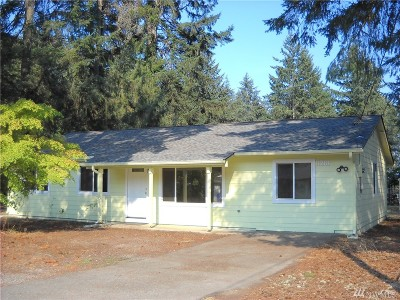 Port Orchard Single Family Home For Sale: 11261 Elder Ave SW