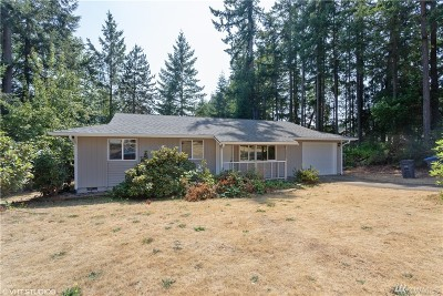 Port Orchard Single Family Home Pending Inspection: 3240 SE Carmae Dr