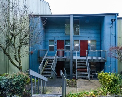 Bremerton Condo/Townhouse For Sale: 500 N National Avenue #28