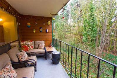 Tacoma Condo/Townhouse For Sale: 7324 N Skyview Lane #N-101