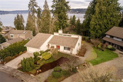 Bellevue WA Single Family Home For Sale: $950,000