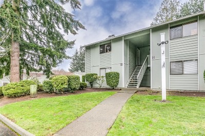 Everett Condo/Townhouse For Sale: 921 130th St SW #J201