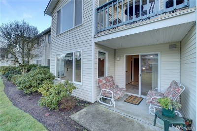 Lynnwood Condo/Townhouse For Sale: 20617 28th Ave W #G3