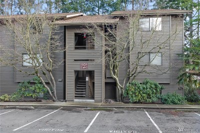 Seattle Condo/Townhouse For Sale: 110 SW 116th St #A14