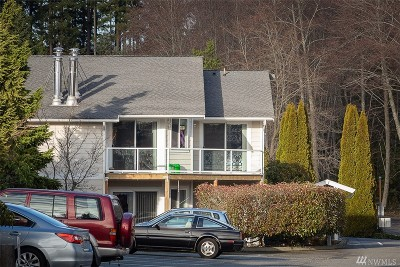 Poulsbo Condo/Townhouse For Sale: 19811 3rd Ave NW #B-28