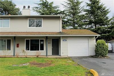 Auburn Condo/Townhouse For Sale: 526 37th - Bldg 530 St SE #B