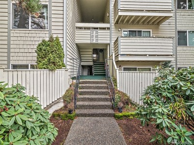 Renton Condo/Townhouse For Sale: 1150 Sunset Blvd NE #101