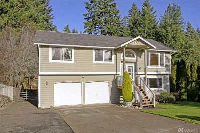 Port Orchard Single Family Home Pending Inspection: 2313 SE Fay Ct