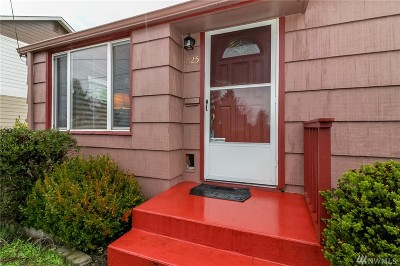 Tacoma Single Family Home For Sale: 825 Meyers St