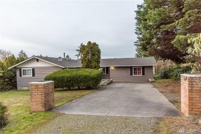 Oak Harbor WA Single Family Home For Sale: $300,000