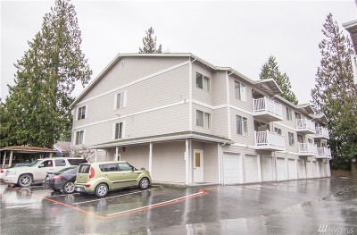 Everett Condo/Townhouse For Sale: 1910 W Casino Rd #222