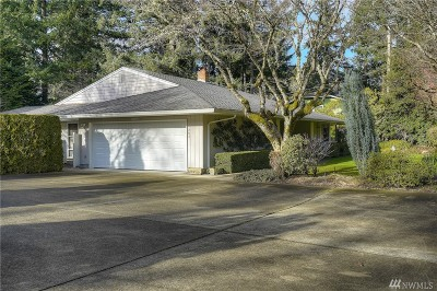 Lakewood Single Family Home For Sale: 11203 Lake Steilacoom Dr SW