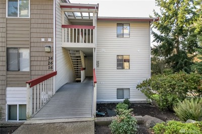 Kent Condo/Townhouse For Sale: 2431 S 248th St #C27