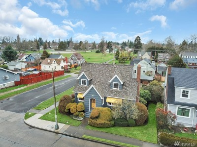 Tacoma Single Family Home For Sale: 4015 6th Ave