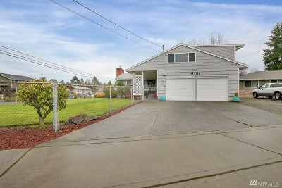 Tacoma Single Family Home For Sale: 6101 S Wapato Lake Dr