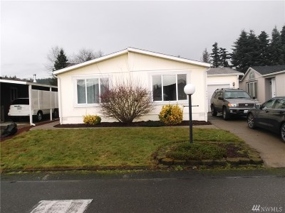Puyallup Mobile Home For Sale: 14809 121st St E