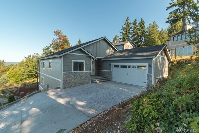 Burien Single Family Home Contingent: 2412 SW 154th Place