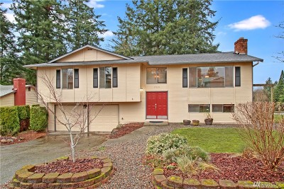 Renton Single Family Home For Sale: 17019 136th Place SE