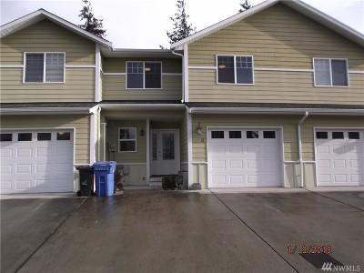 Oak Harbor Single Family Home Sold: 210 NE Melrose Dr