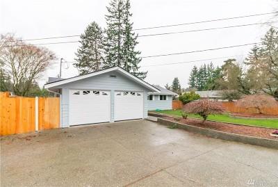 Kirkland Single Family Home For Sale: 10411 NE 142nd Place