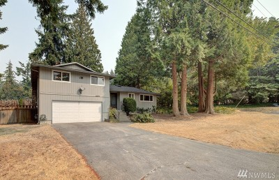 Sammamish Single Family Home For Sale: 20916 NE 11th St