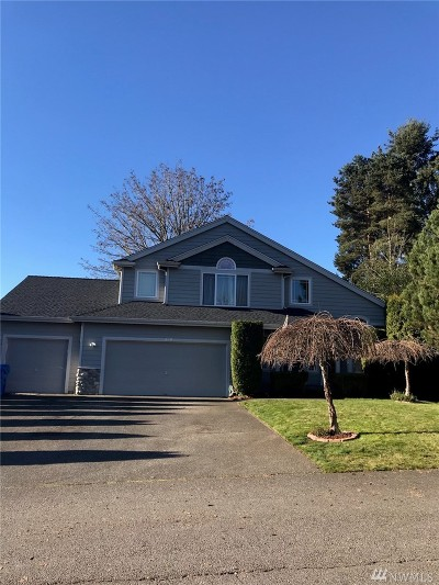 Lake Tapps Single Family Home For Sale: 1220 200th Ave E