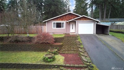 Port Orchard Single Family Home Pending Inspection: 11294 Denny Ave SW