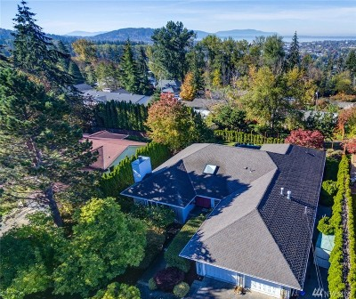 Bellingham Single Family Home For Sale: 2401 Viewridge Dr