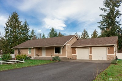 Spanaway Single Family Home For Sale: 5517 214th St E