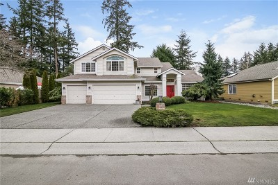 Lynnwood Single Family Home For Sale: 17513 57th Ave W