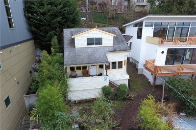 Seattle Single Family Home For Sale: 2126 Alki Ave SW